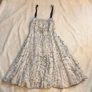 Urban Renwal Foley open back Dress size Small